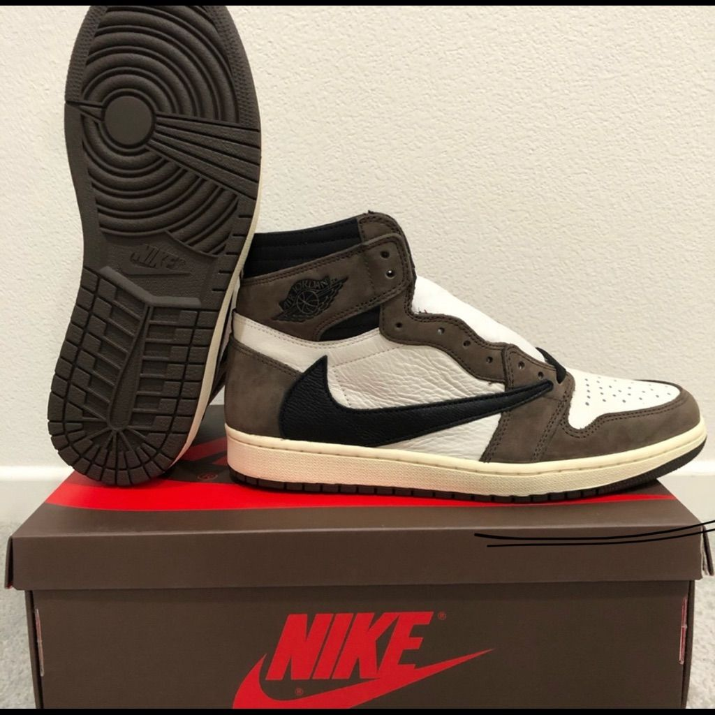 Jordan Shoes Travis Scott Jordan 1s Color White/Brown