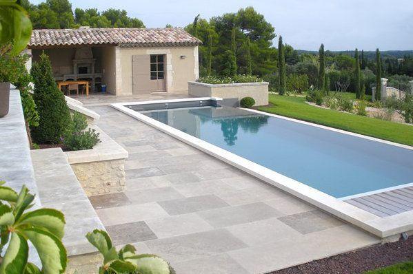 Limeyrat Classique Fabricant de dallage en pierre naturelle - Pave Pour Terrasse Exterieur