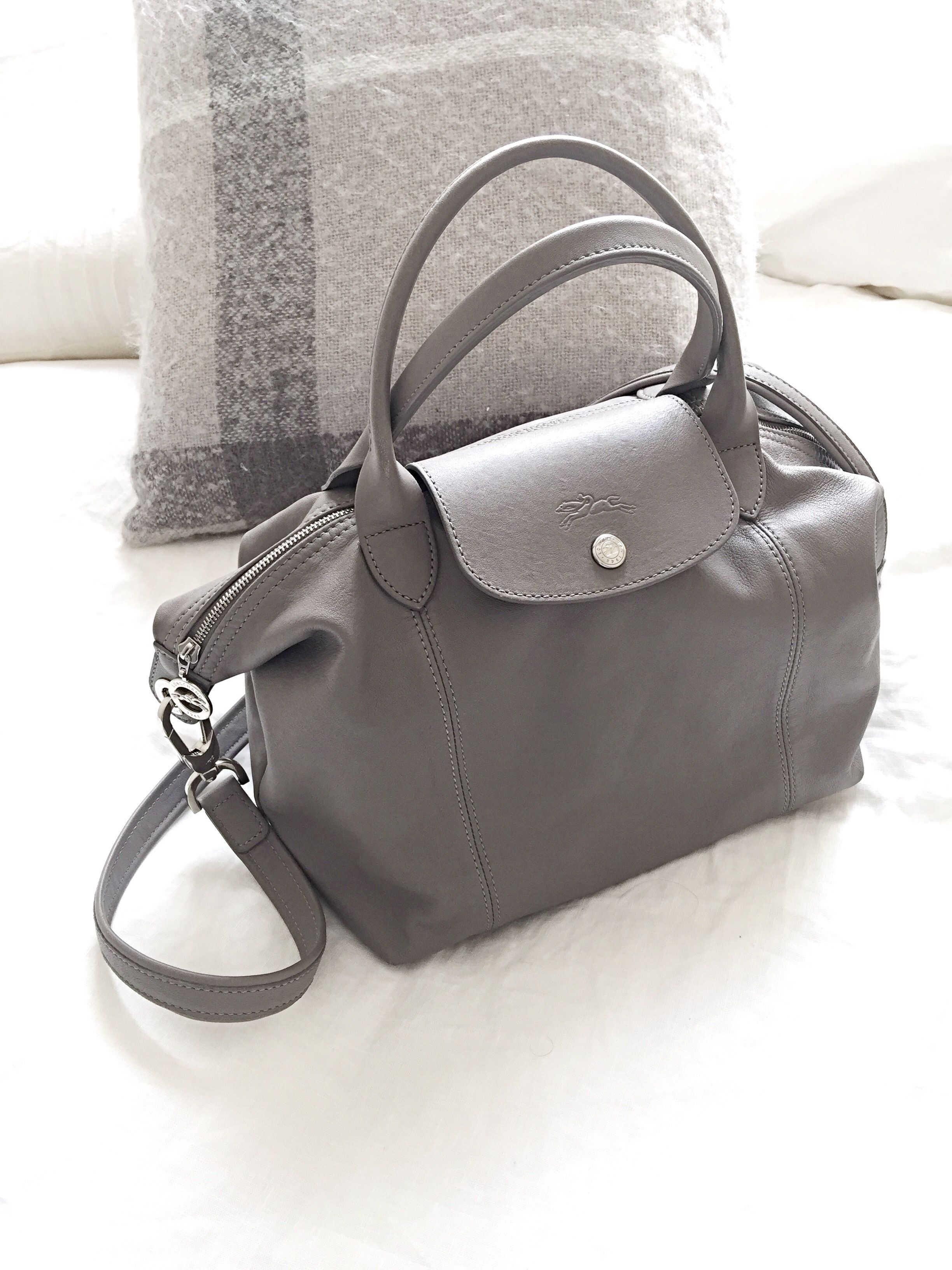 2d948b5efd longchamp le pliage cuir small pebble | Fashion in 2019 | Fashion ...