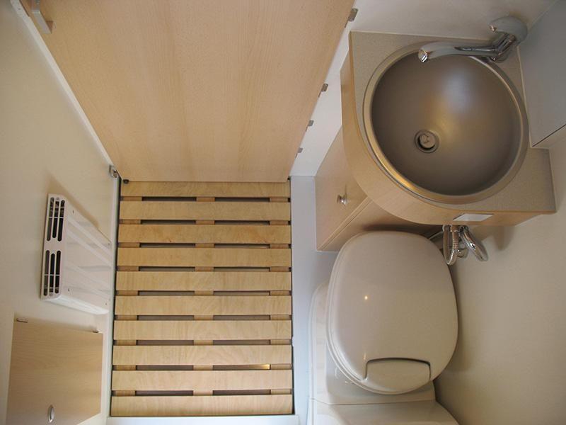 IVECO Daily Autark 4x4 Diseño baños pequeños, Interior