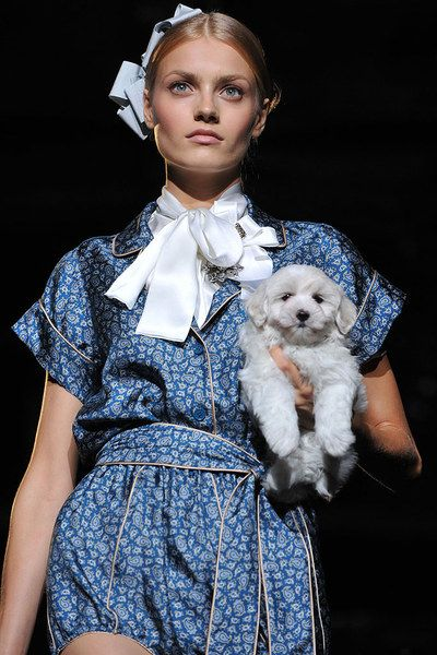 Dolce & Gabbana Spring 2009 Ready-to-Wear Accessories Photos - Vogue