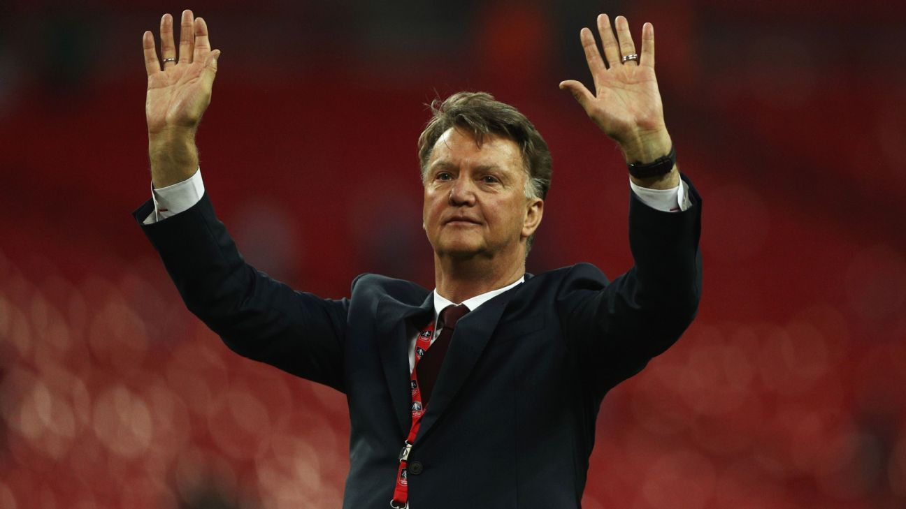 Van Gaal I am not retiring from football yet Manchester