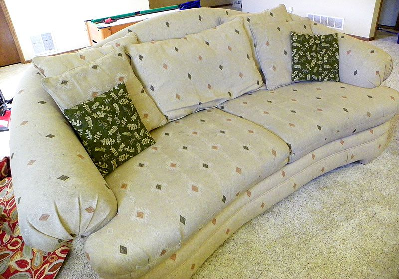 MightyCrafty: Ugly Couch Transformation