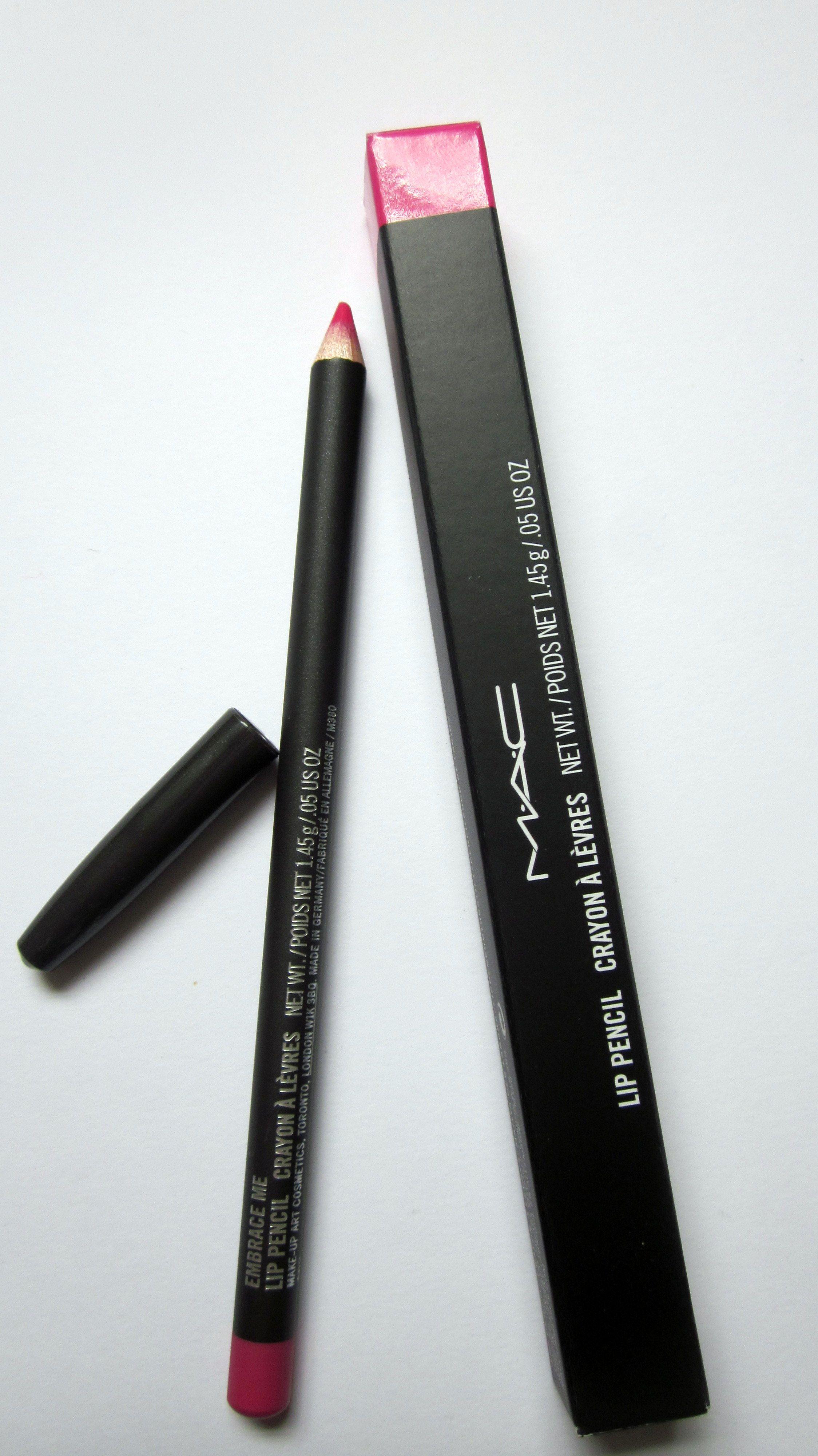 MAC Embrace Me Lip Pencil #MAC #bbloggers #lips #pink
