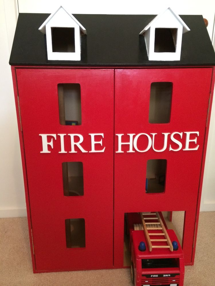 Childrens Toy Wooden Fire Station Firehouse Dolls House