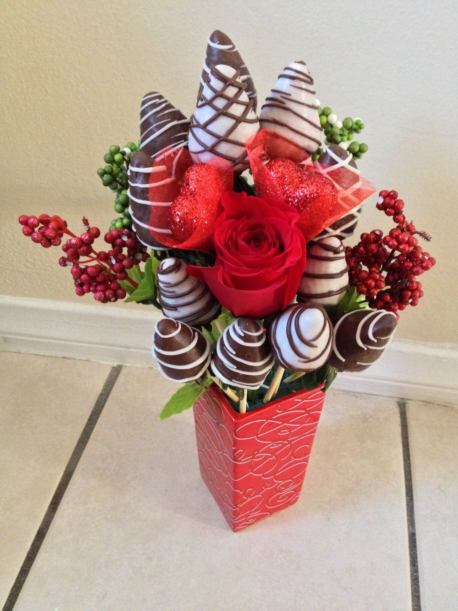 Chocolate Covered Strawberry Roses | Strawberry roses, Chocolate ...