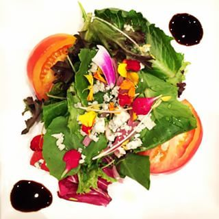 How gorgeous is this #salad? #fwcon #food #instafood