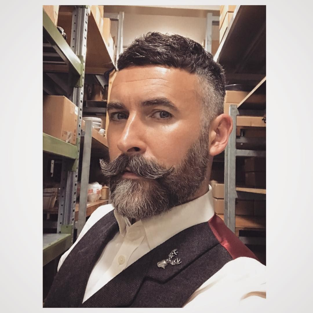 Chop Chop Beard Instabeard Beardstyle Moustache Moustachelife Moderndandy Shamelessworkselfie Great Beards Beard Styles Handlebar Mustache