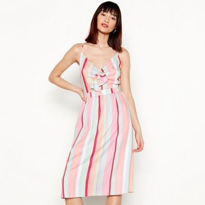 e19bc946d5 Brighten up your weekend wardrobe with this pretty dress from Red Herring.  Showcasing a bold