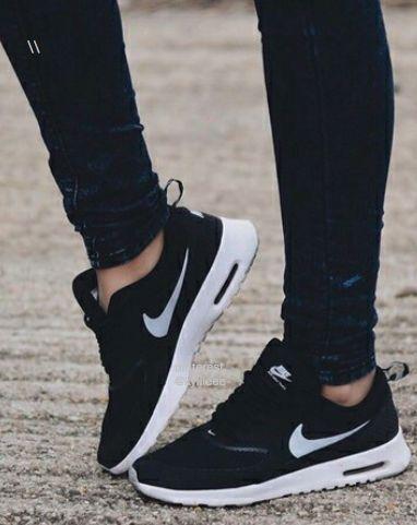 black nike shoes cheap