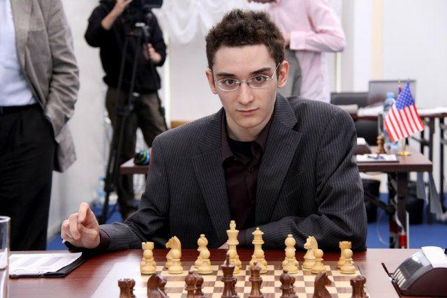 Resultado de imagem para fabiano Caruana xadrez fotos