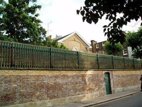 Visit garden lodge, kensington london , freddie mercury\u0027s