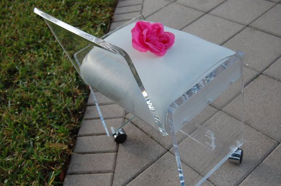 Oh my too cute!! vintage lucite bench chair stool mid century