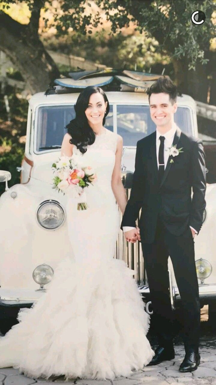 Brendon And Sarah S Wedding Brendon Urie Wedding Actress Wedding Celebs