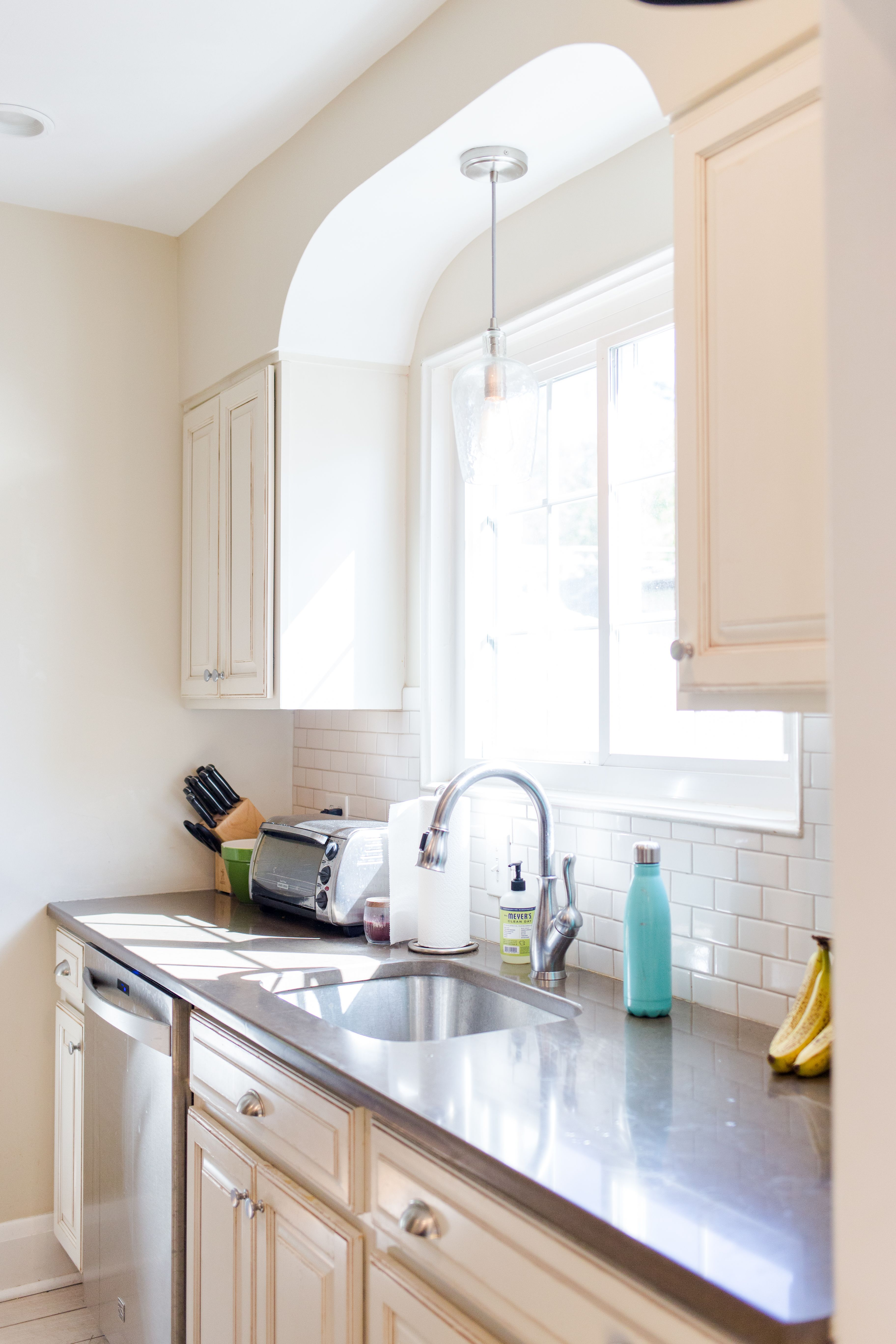 Farmhouse Kitchen in Baltimore, MD | Kitchen, Farmhouse ...