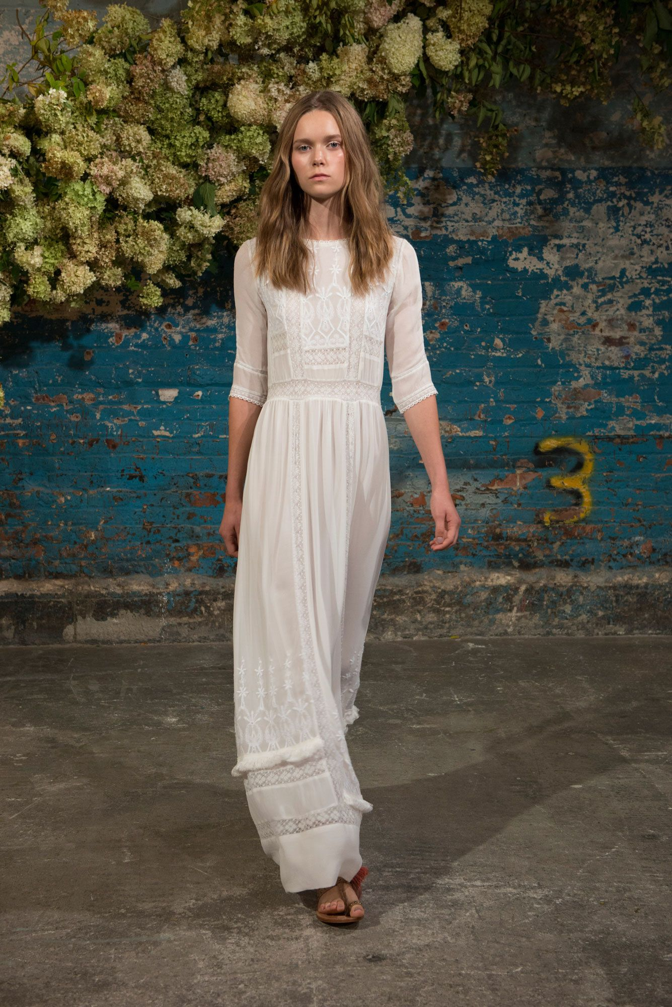 Ulla Johnson Spring 2016 Ready-to-Wear Collection Photos - Vogue   http://www.vogue.com/fashion-shows/spring-2016-ready-to-wear/ulla-johnson/slideshow/collection#7