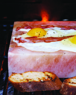 Bacon And Eggs On The Salt Block The Eggs Are Good The Bacon Is Ridiculous Salt Block Recipes Himalayan Salt Block Recipes Salt Block Cooking
