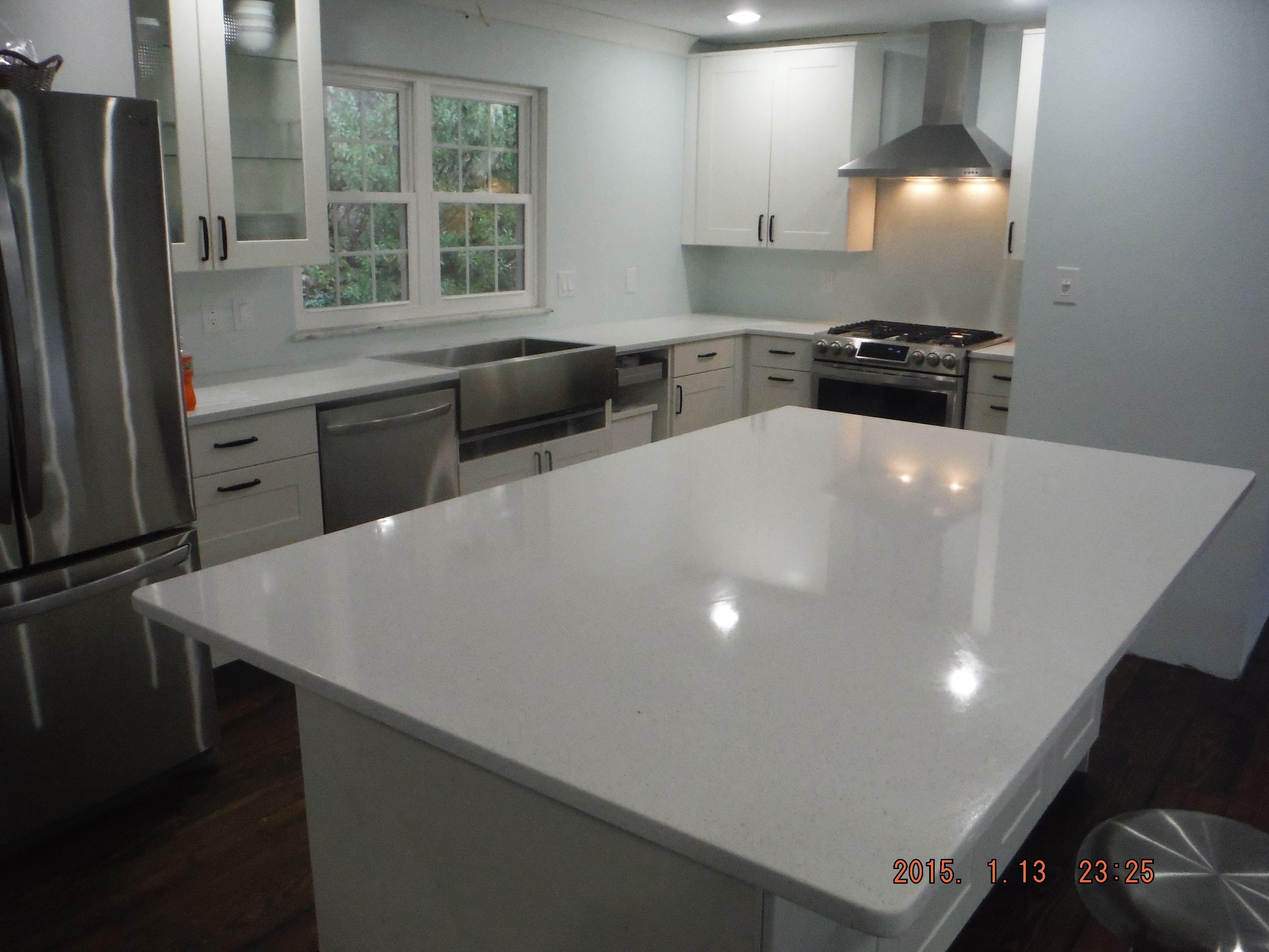 High Quality Crystal White LG Viatera Quartz Kitchen Countertops For The Herron Family!  Knoxvilleu0027s Stone Interiors.