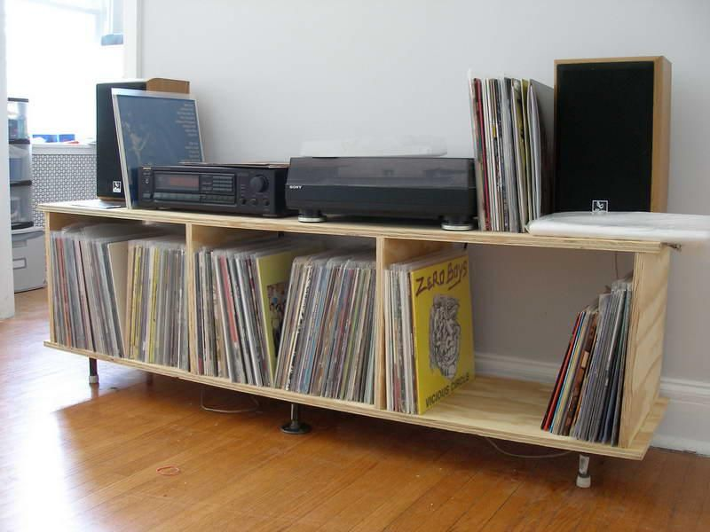 Record storage ikea excellent img with record storage for Ikea lp storage