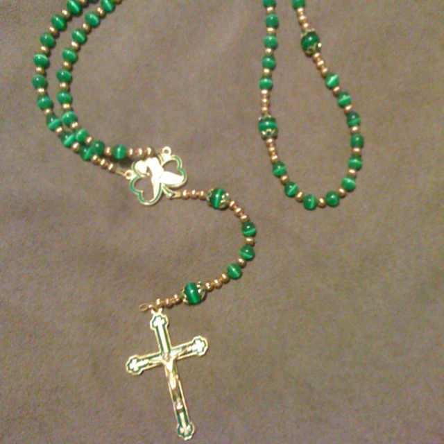 My sons Irish rosary.. Made by my friend Pam... check her out at    Thatsmyrosary.com