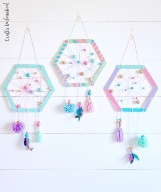 Learn how to make the sweetest DIY dreamcatcher for kids with this step by step tutorial. Customize the colors and tassels to your liking!