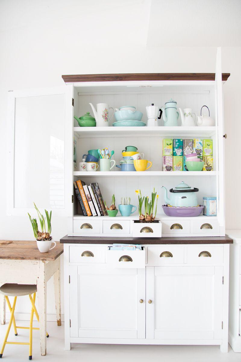 Frühblüher in meiner bunten Küche - Syl loves | My House | Pinterest ...