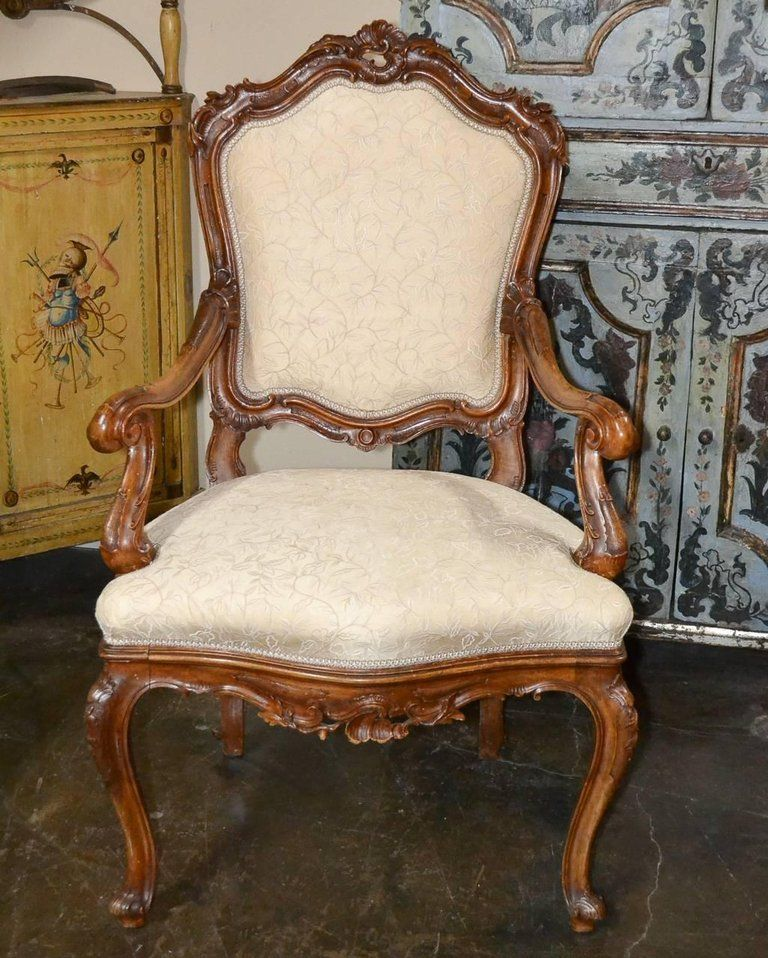 karfás székek diszítése