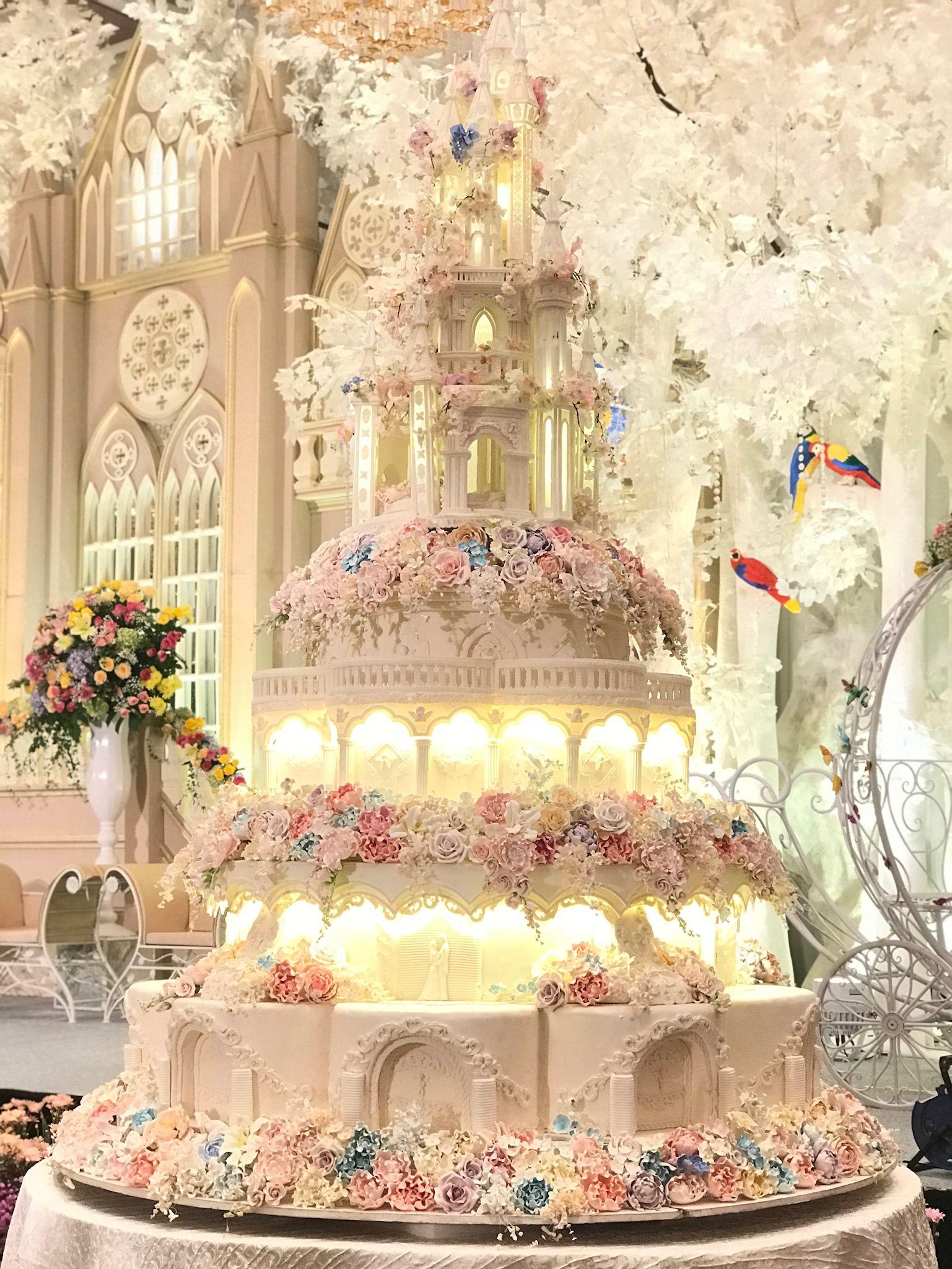 8 Tiers - Le Novelle Cake | Jakarta & Bali Wedding Cake | weddings ...