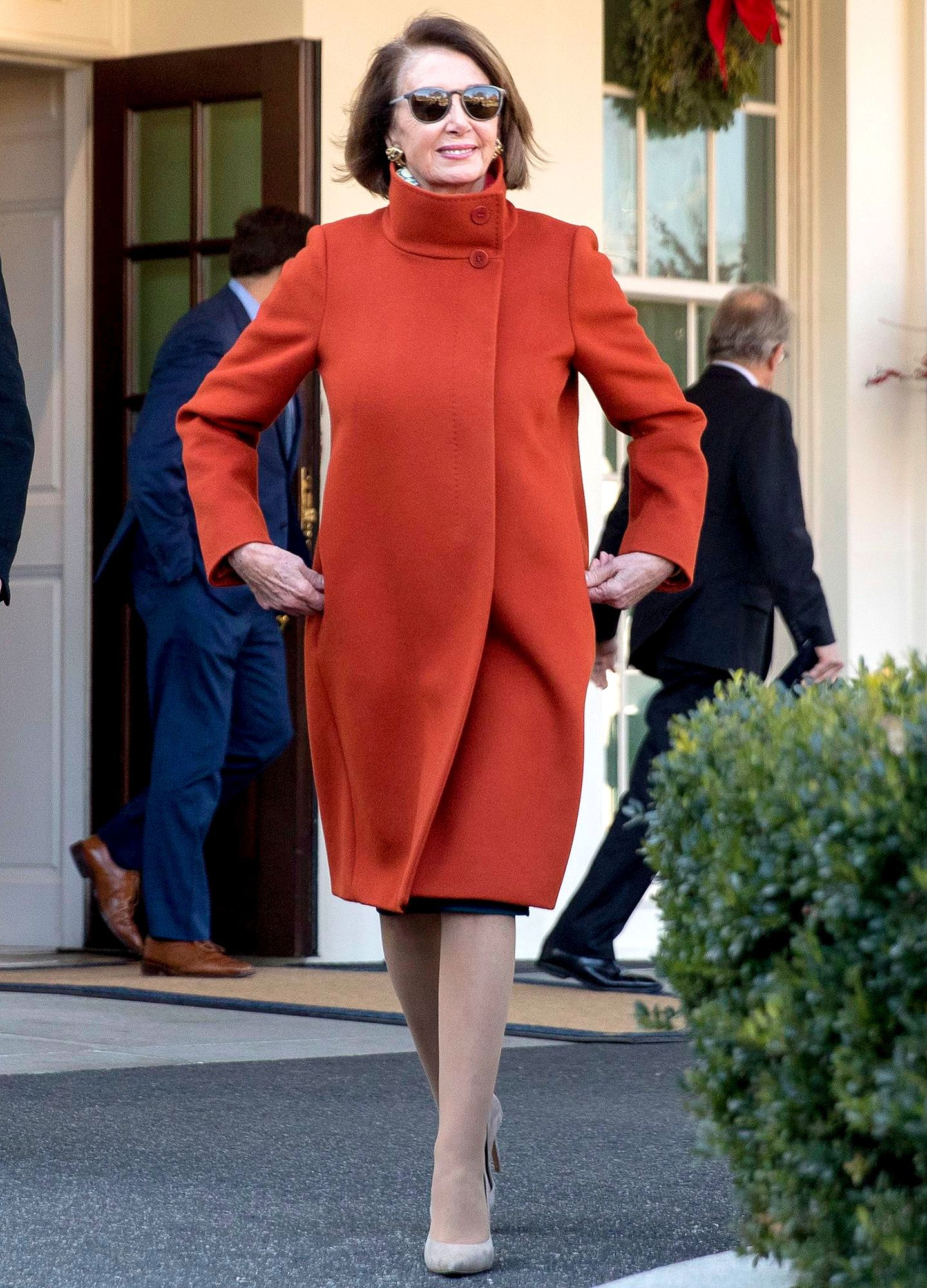 Nancy Pelosi S Red Max Mara Coat Got So Much Attention It S Being Re Issued Coat Fashion Womens Dress Coats Dress Coat Outfit
