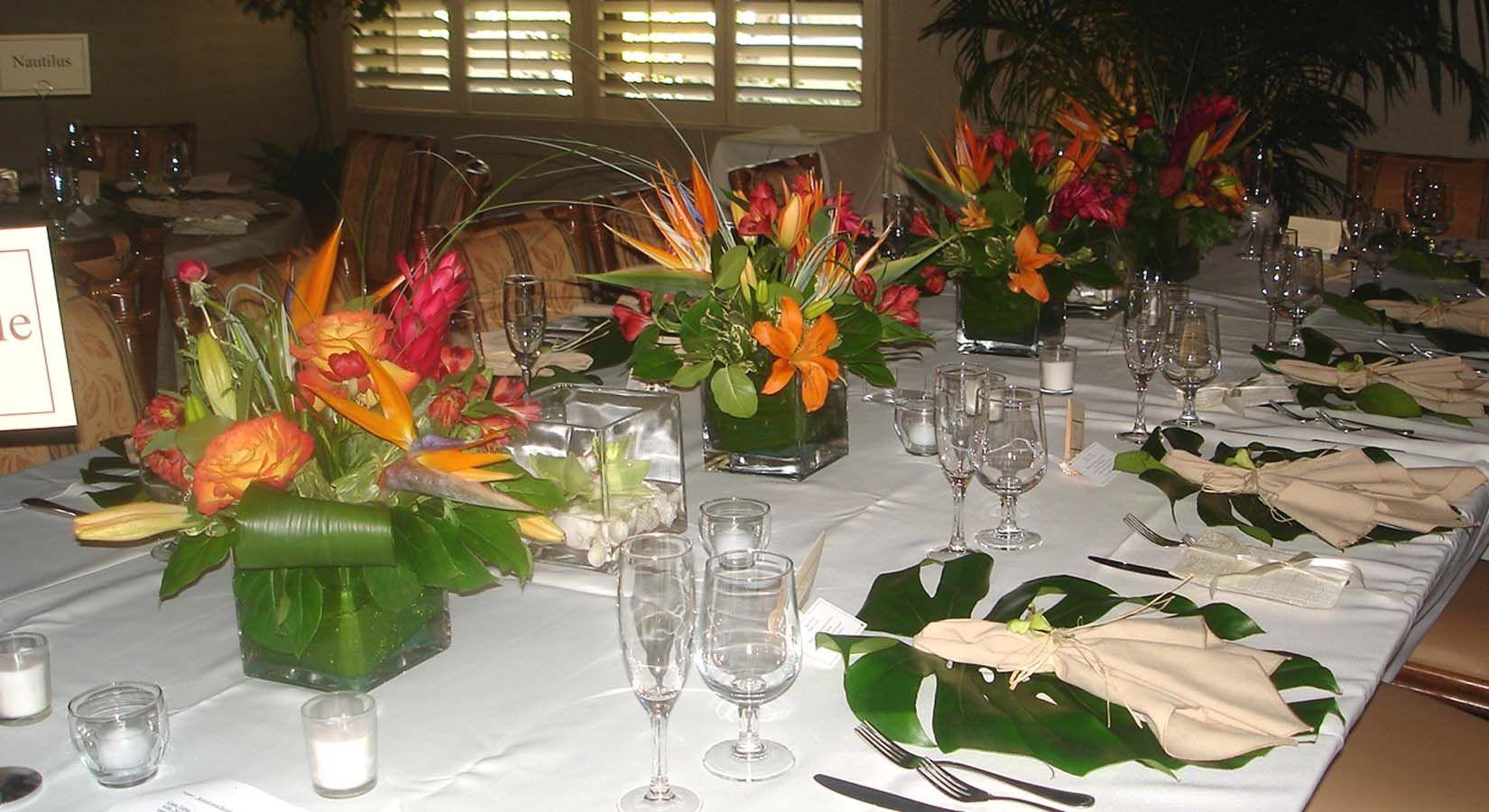 Hawaiian Table Decoration Ideas Table 1024x558 Wedding Table