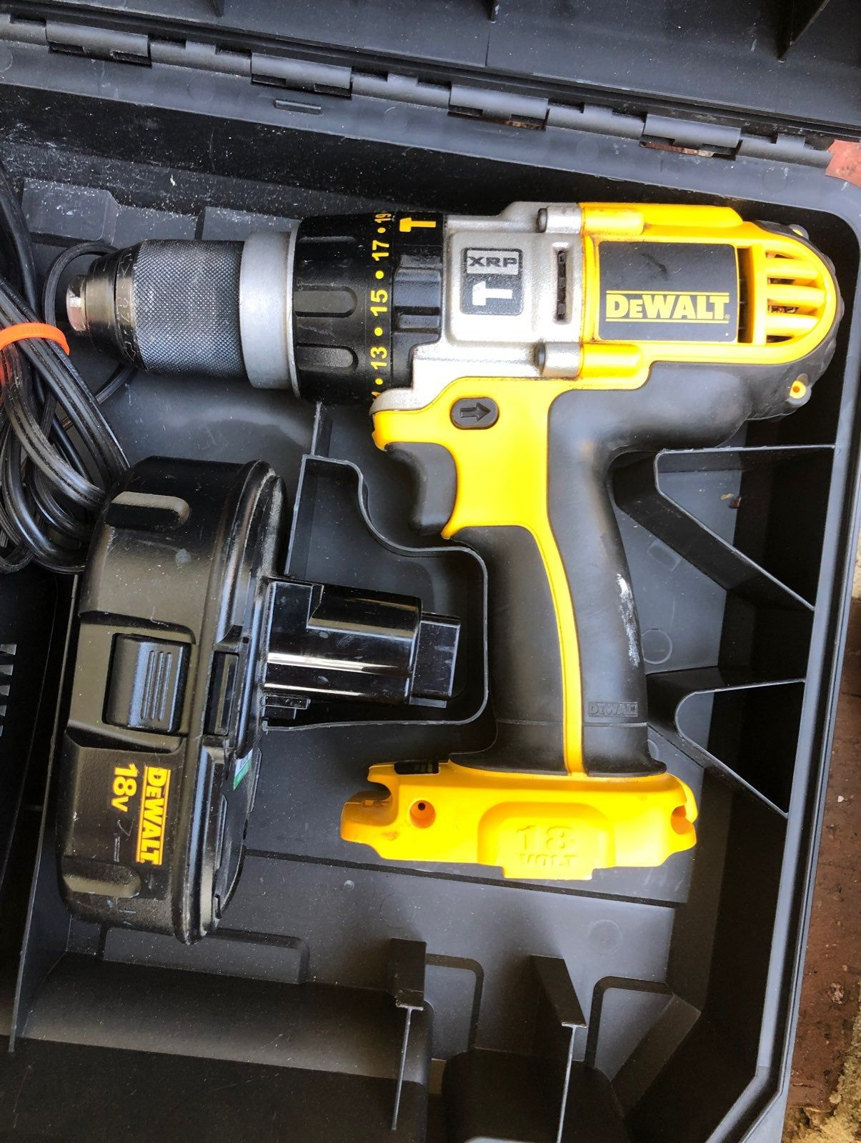 Diy How To Revive A Dead Li Ion Power Tool Battery Youtube Power Tool Battery Cordless Tools Cordless Power Tools