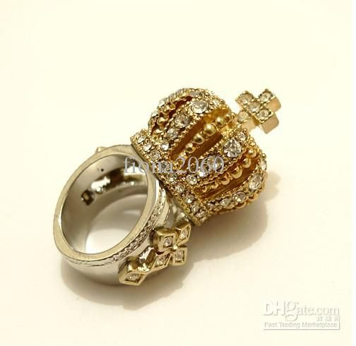 Imagem de http://image.dhgate.com/albu_259818934_00-1.0x0/crystal-rhinestone-crown-cross-ring-3d-fashion.jpg.