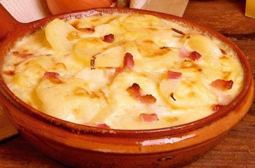 Recette La tartiflette traditionnelle facile et délicieuse sur Yummmi.es
