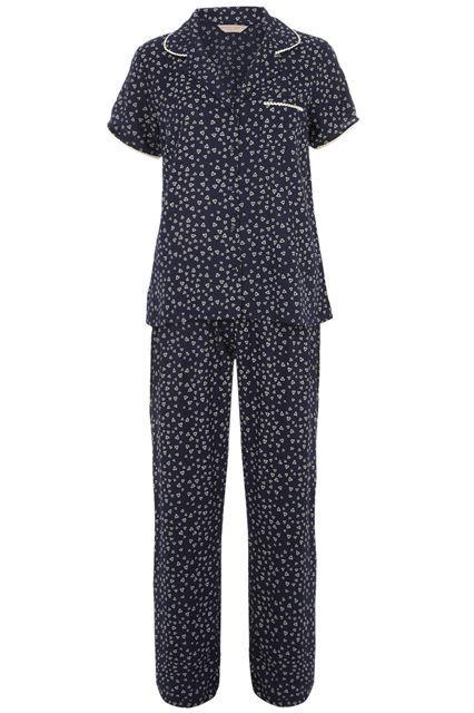 #refinery29 http://www.refinery29.com/stylish-pajamas#slide-8