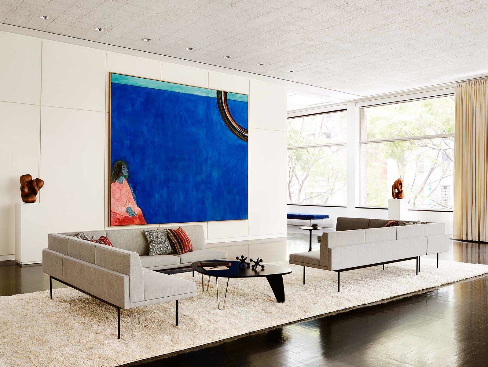 Modern And Ious Living E With Herman Miller S Noguchi Rudder Table Tuxedo Sofas