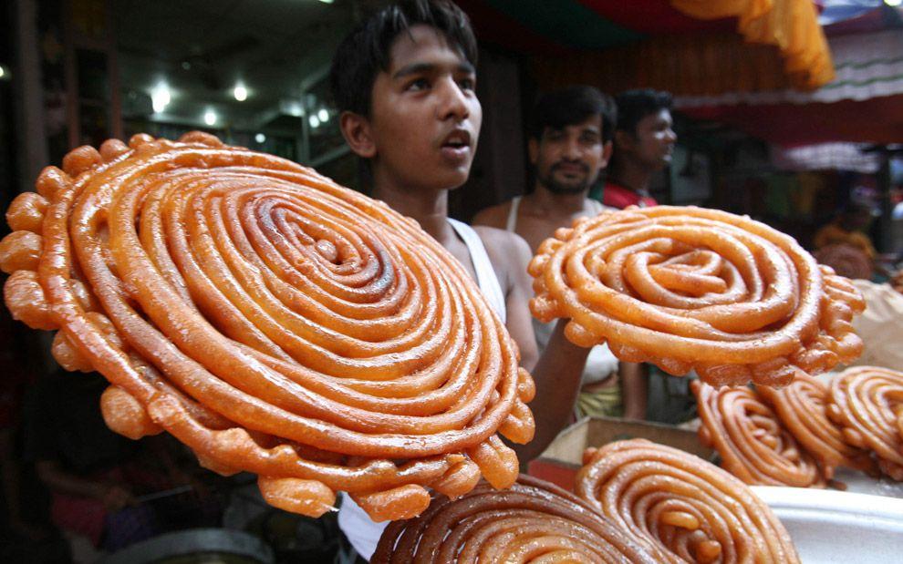 Observing ramadan ramadan street food and bangladeshi food observing ramadan forumfinder Gallery