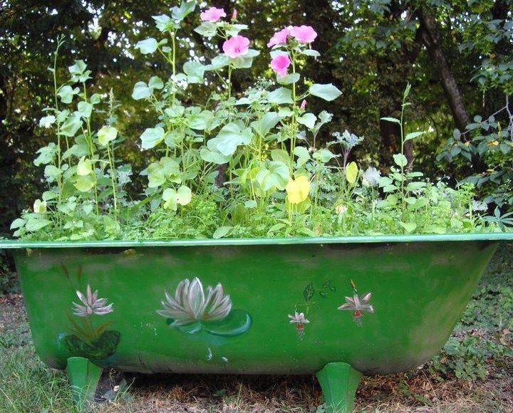grande jardini re dans une ancienne baignoire on peut. Black Bedroom Furniture Sets. Home Design Ideas