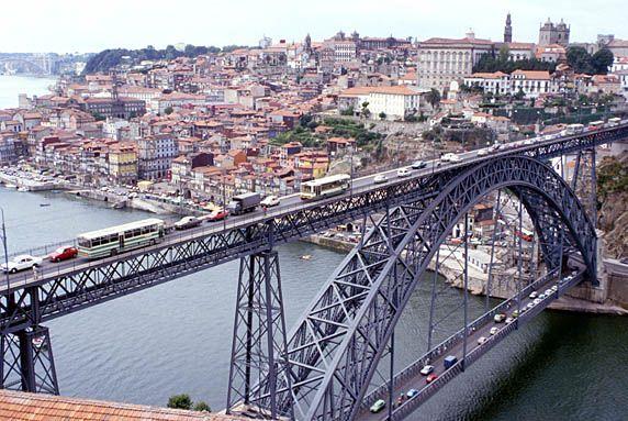 Porto-Vecchio Bridge | porto_ponte-de_dom258.jpg