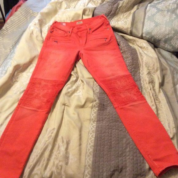 True Religion halle mid rise super skinny True religion jeans True Religion Jeans Skinny