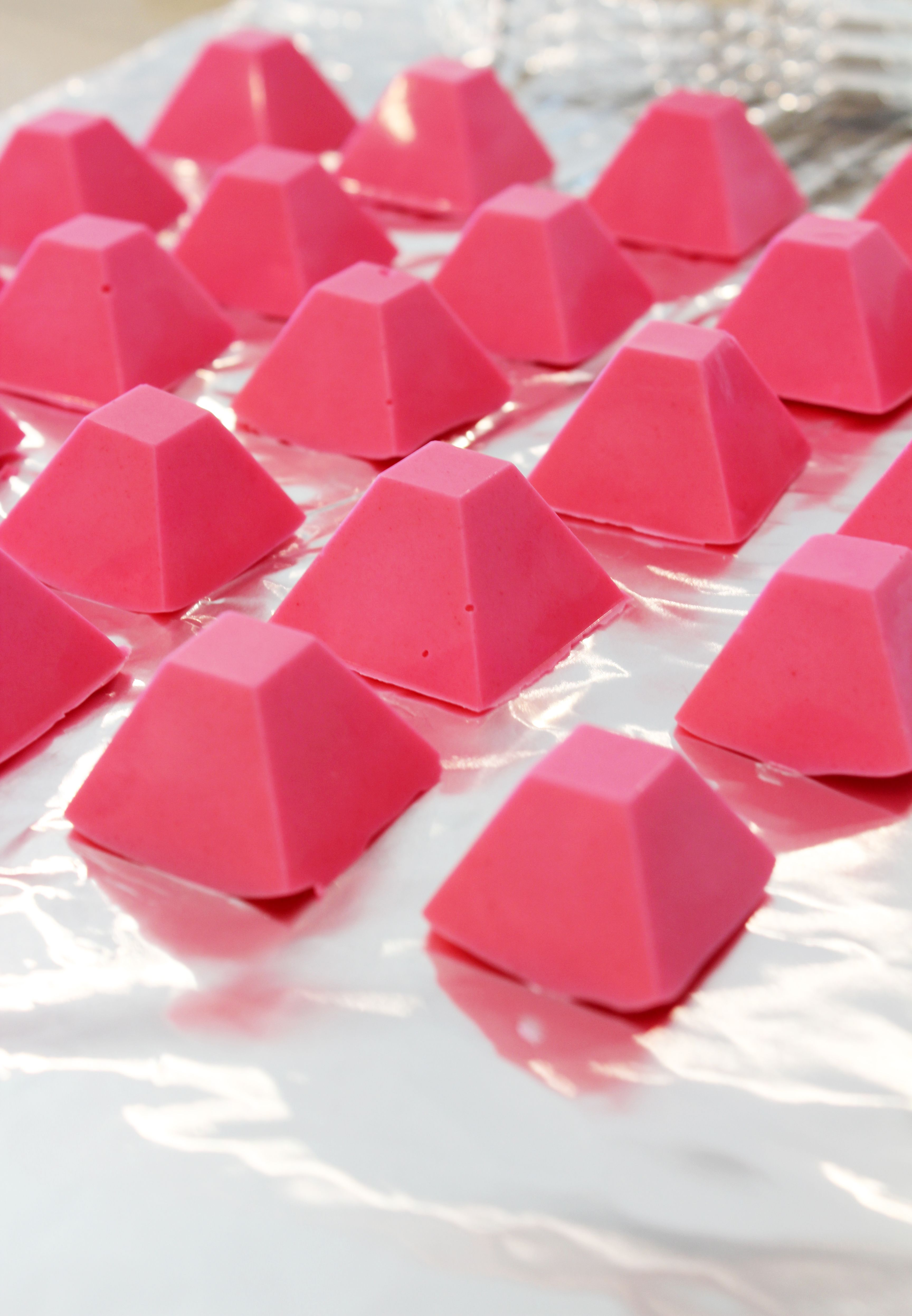 DIY CHOCOLATE PYRAMIDS | truffles, candy & chocolate | Pinterest ...