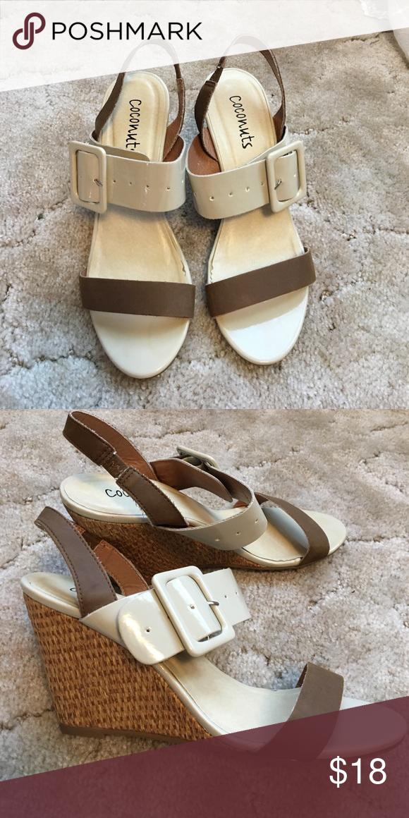 HP🎉Neutral Wedge Sandals Cute wedges, Wedge sandals