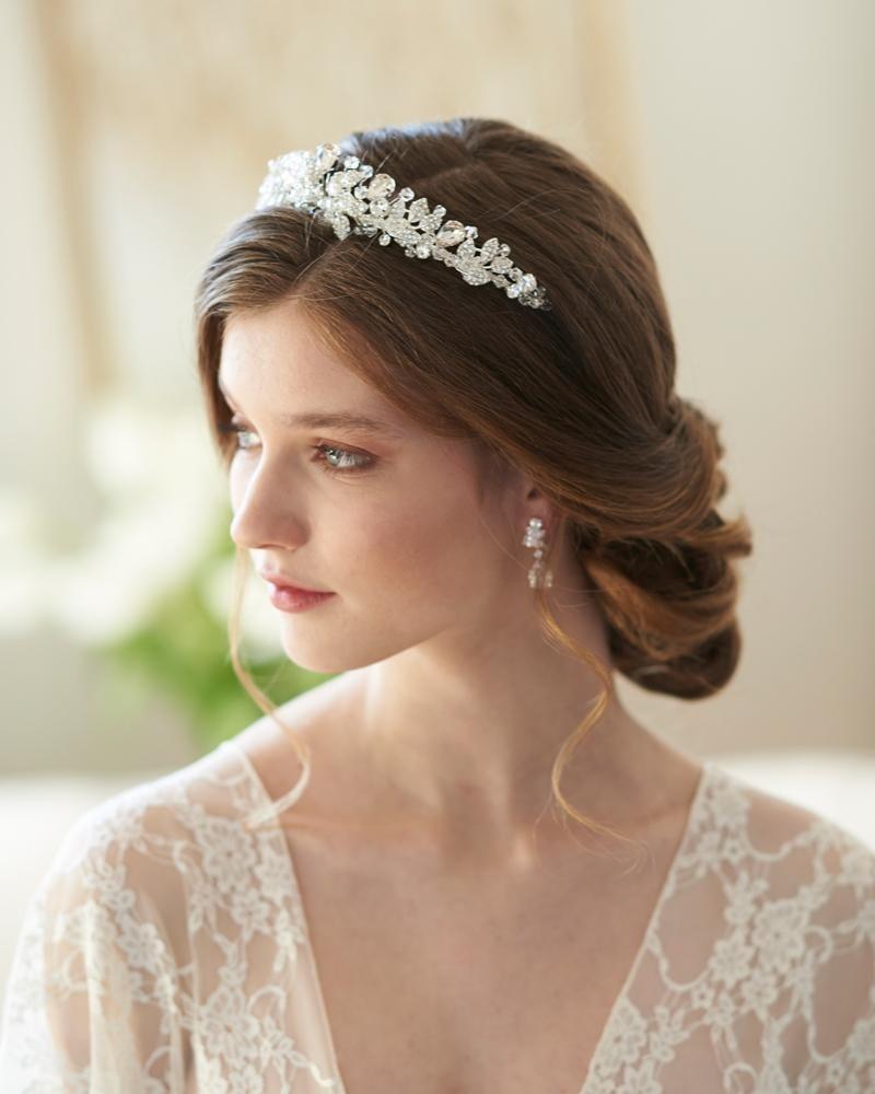 spectacular swarovski crystal tiara   bridal hair