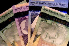 According to The Canadian Press, the recently released new $100 bill has retained the smell of maple syrup