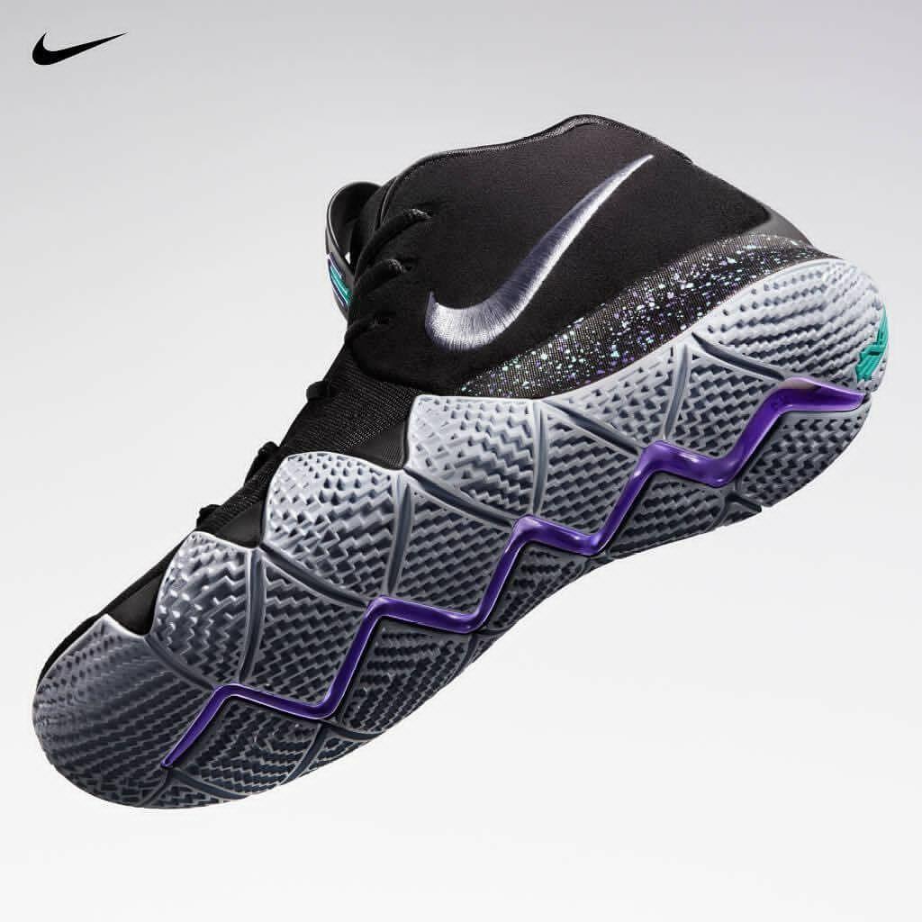 f955edc659b7 Nike Kyrie 4