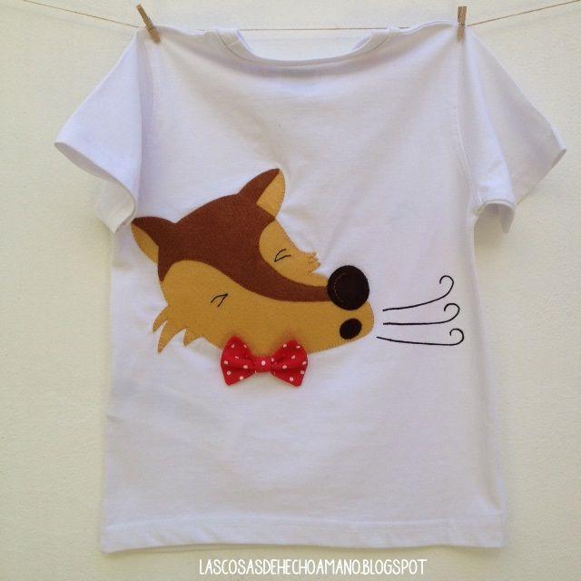 """Camiseta """"érase una vez"""", parte trasera con el lobo feroz... Para ver más visita --> http://lascosasdehechoamano.blogspot.com.es/"""