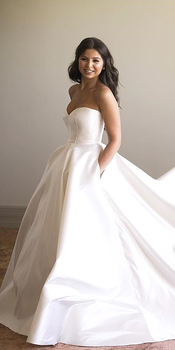 0fbdd402a45e 76 Beautiful Gown Wedding Dresses to Impress Everybody - Fashionetter