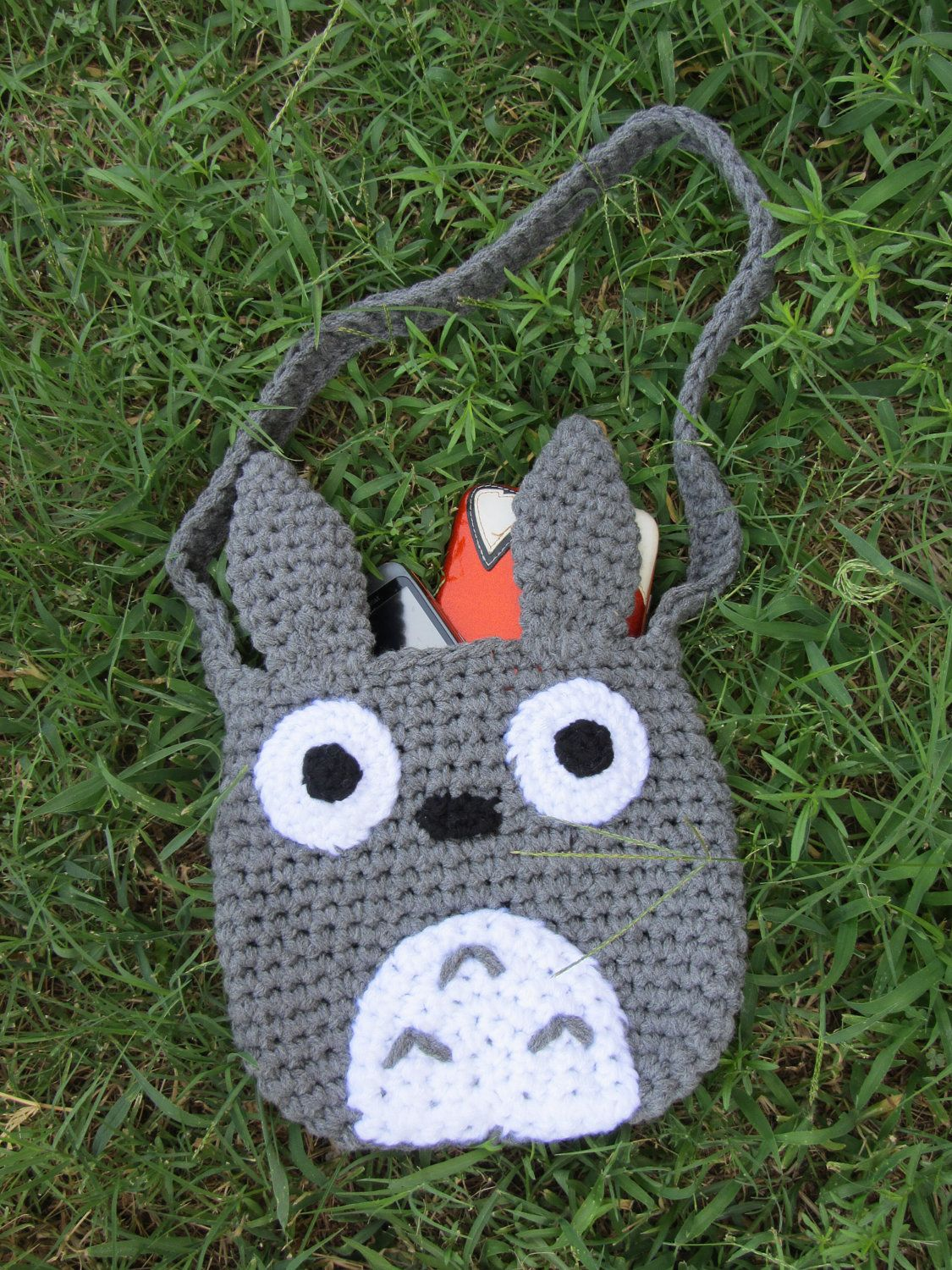 Crochet totoro tote 4000 via etsy 12 in 12 november no pattern just a photo to work from looks easy to replicate and fast since it is chrocheted in chunky yarn or similar tarn bankloansurffo Images