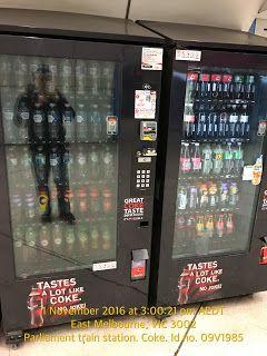 Faulty Coke Vending Machine Lighting   1-Pend-CBD-Parliament-Train Food-And-Drinks Vending-Machine