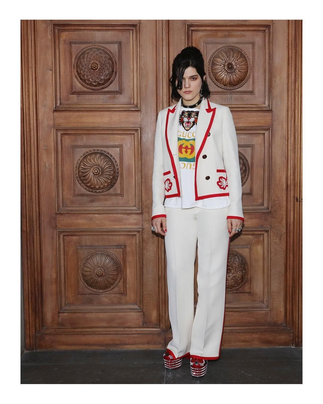 3358e0fb2022 Celebrity style to buy gucci products click on pin and choose gucci brand  from categories to