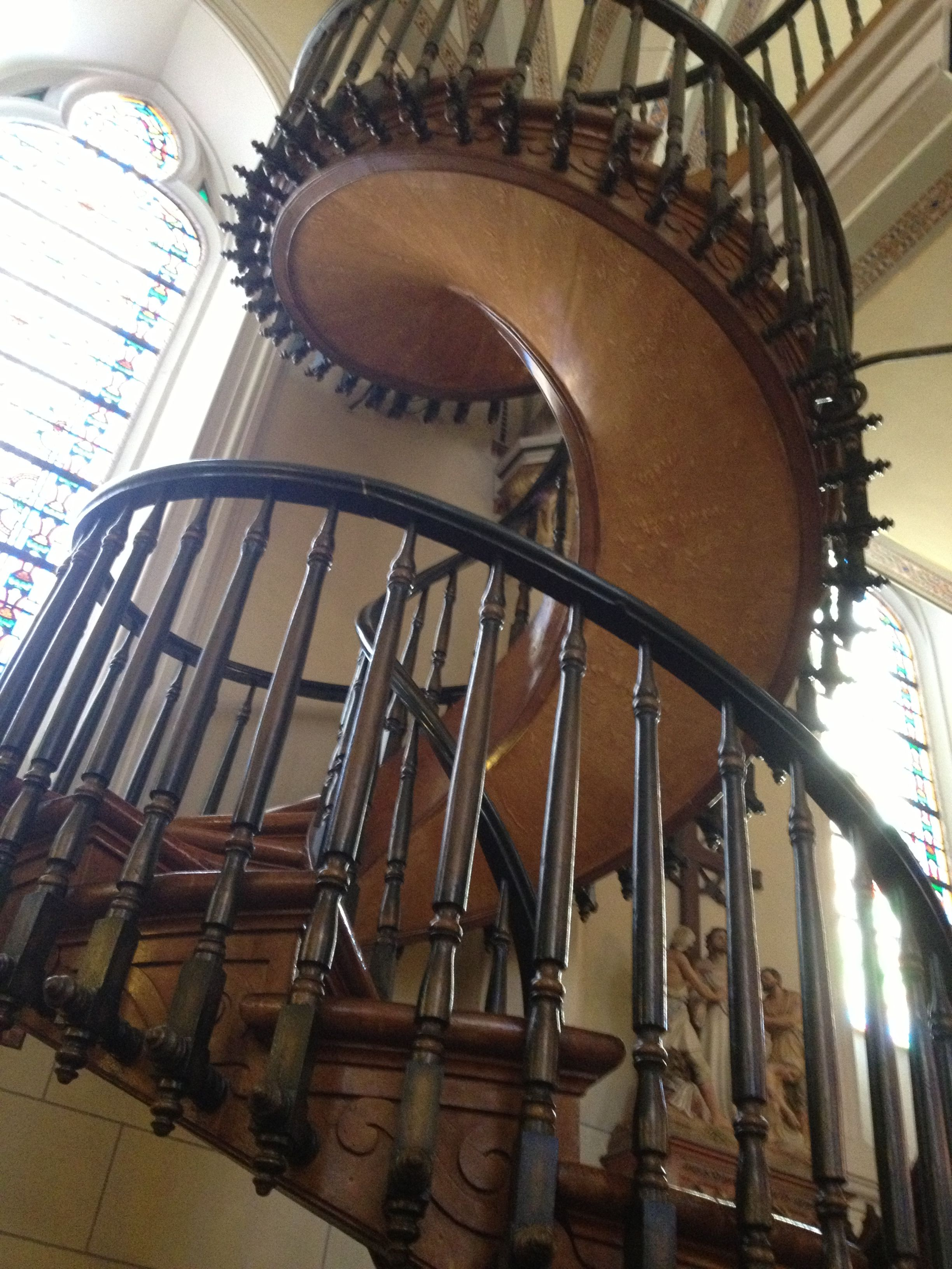Best The Miraculous Staircase Resides In Loretto Chapel In 400 x 300